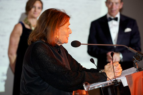 Beverly Pepper making acceptance speech