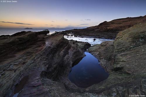 beach zeiss reflections dawn islands coast scotland rocks fife availablelight coastal northsea lowtide arthursseat ze firthofforth rockpool pentlandhills estuaries kirkcaldy bythesea seafield leefilters canoneos5dmkii distagont2821 distagon2128ze