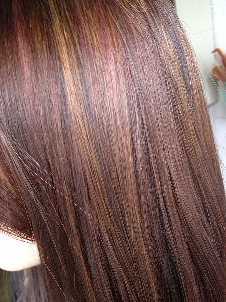 Subtle Pink Highlights You can see streaks of pink