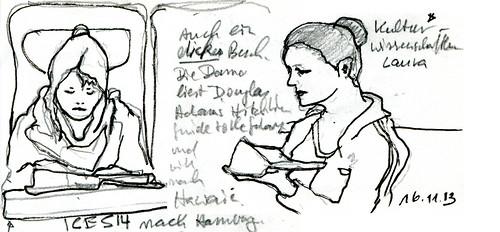 Dicke Buecher-Leserinnen by manfred schloesser