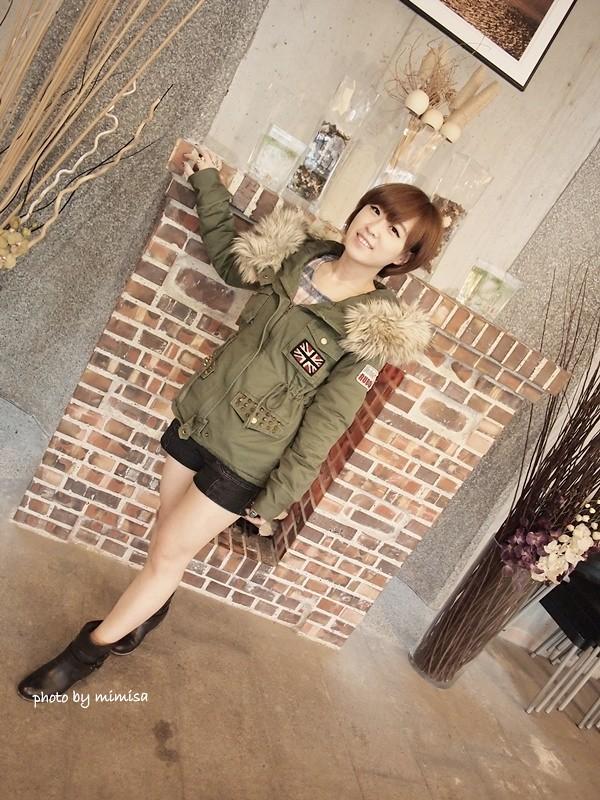 RUBON 軍綠色毛領大衣 (9)
