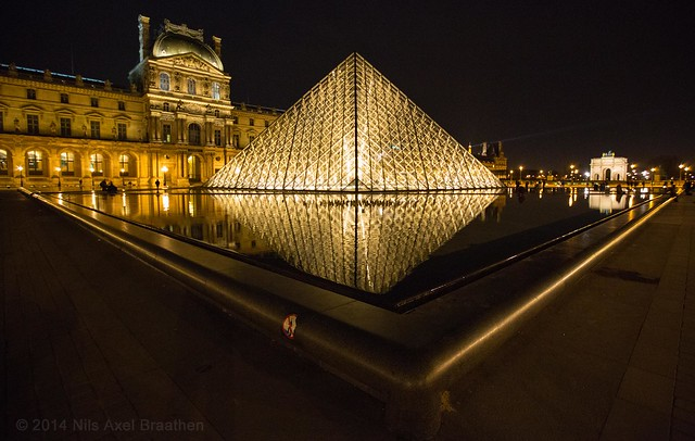 J77A0291 -- Pyramides of the Louvre by night