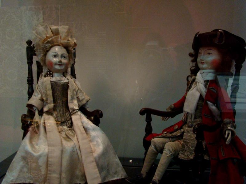 Victoria and Albert Museum dolls