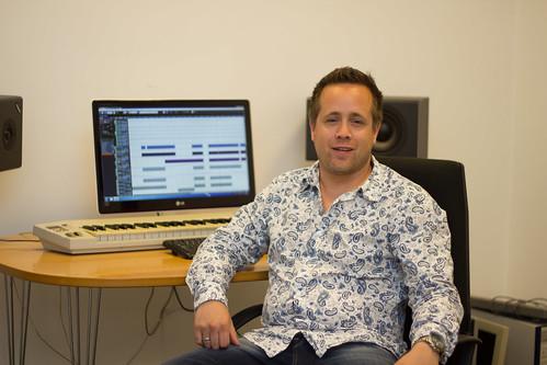 Creatieve duizendpoot Robin Hildenbrandt in zijn studio