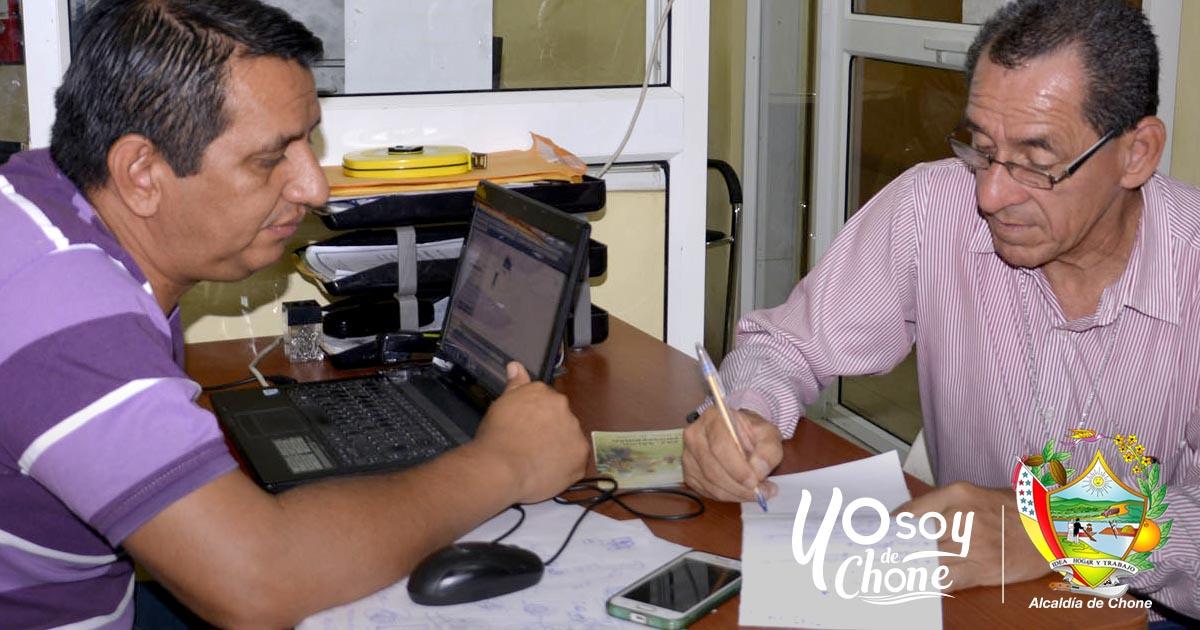 Continúan legalizando escrituras para predios rurales: GAD y el MAGAP Chone