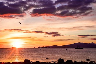 #backatit #spreadbeauty this was one of my favorite sunsets I've ever seen in #vancouver at #kitsilanobeach our first night. The big cargo ship was in the perfect spot for a few shots. #springythings #sunset