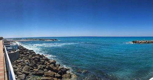 #Calabria #sea #horizon