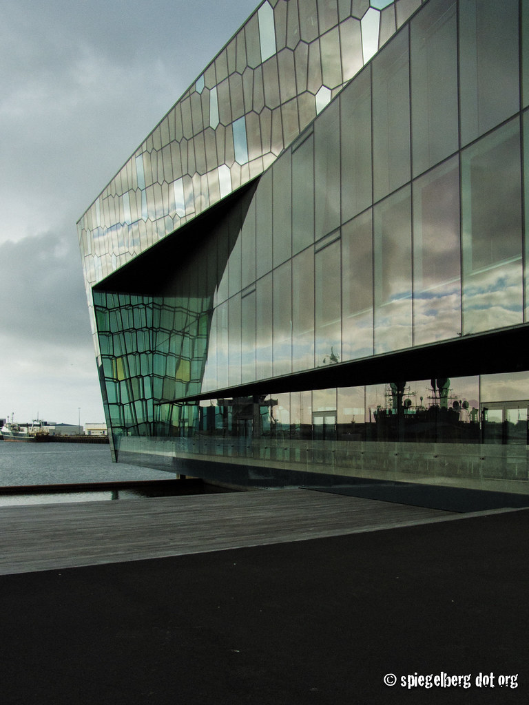 Harpa Harbor