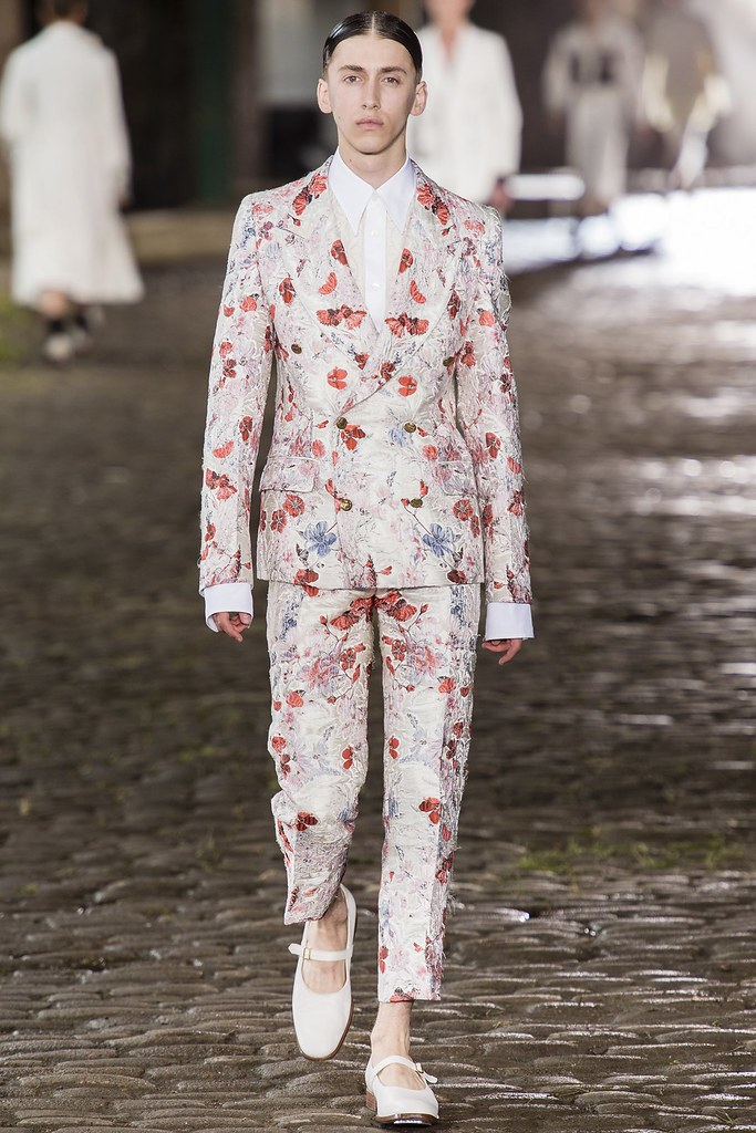 SS14 London Alexander McQueen009_Robbie Sedgwick(vogue.co.uk)