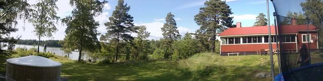 Cabaña de Finlandia, con el lago al lado