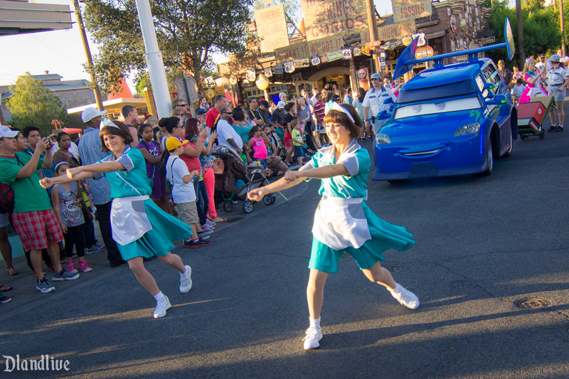 DJ's Dance and Drive - Cars Land