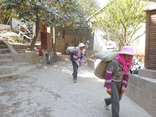 Yunnan13-Lijiang-Xiang Shan (6)