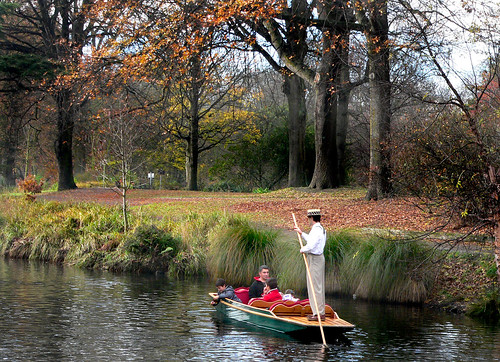 Punting on the Avon. Christchurch   NZ