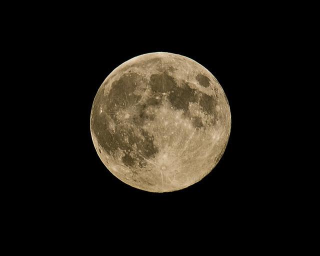 full moon13