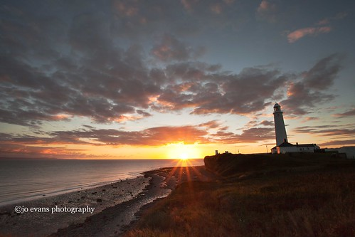 sunset sea sun lighthouse clouds point vale glamorgan nash