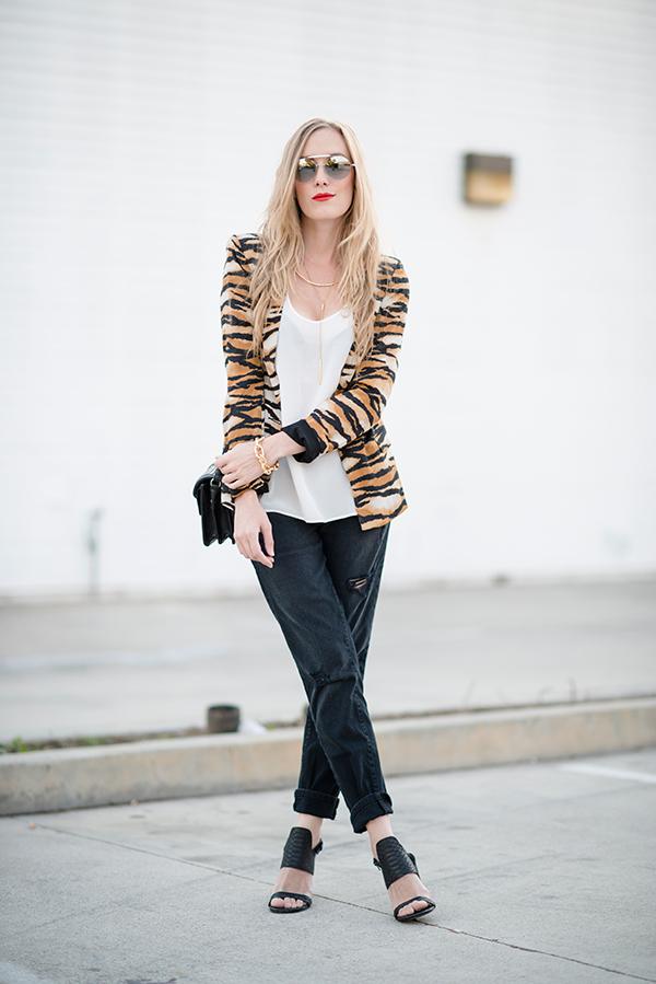 eatsleepwear, silhouette, eyewear, outfit