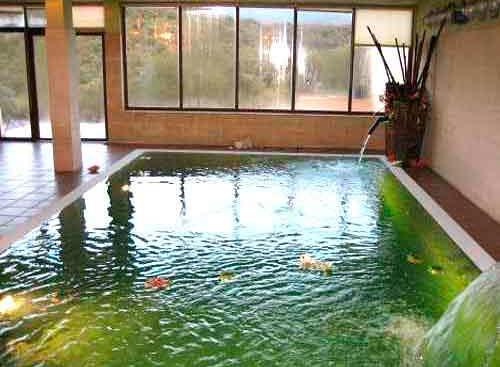 Casas rurales con piscina cubierta clubrural for Casas rurales con piscina particular