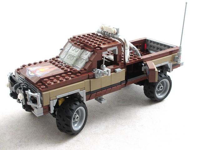 The Fall Guy GMC pickup (8)