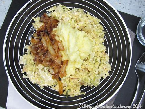 ©Wirsinggemüse mit Kartoffelpüree und Paprikazwiebeln (2)