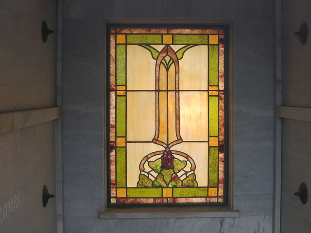 IMG_1368-2014-03-01-Westview-Cemetery-William-Candler-Mausoleum-has-Stained-Glass