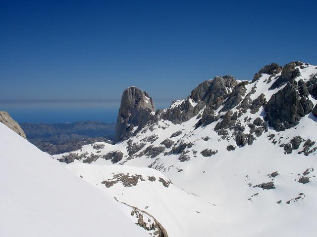 Contemplando el Picu Urriellu (2.519 m.)