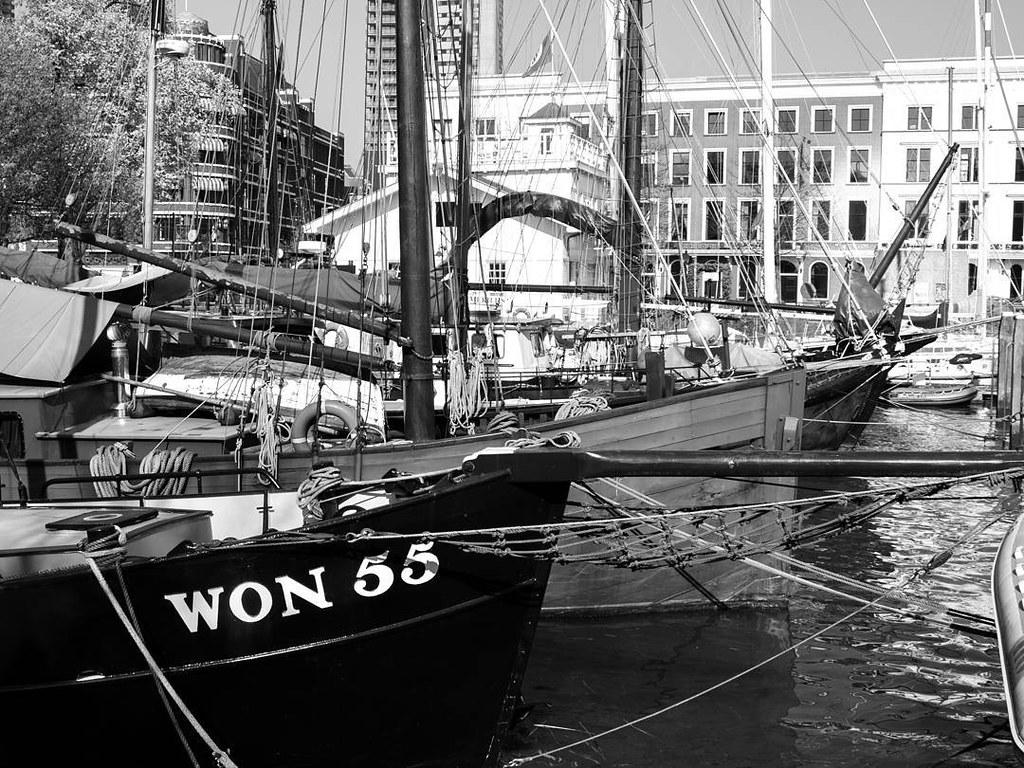 Harbour un Rotterdam. #rotterdamcity #rottergram #rotterdam #b&w #photography #travelphoto