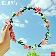 Hello May! :tulip::heart::kissing_smiling_eyes::lollipop::ice_cream: #may #hello #instagood #instadaily #picoftheday #photooftheday #love #pic #monthmay - #enjoylife #cute #May2017 #flowers #flowerstagram @Regrann from @thinkpositivegr -  #HelloMay - #reg