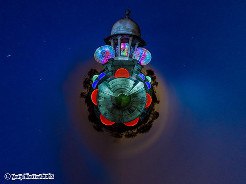 Orb and Dome Temple Tiny World