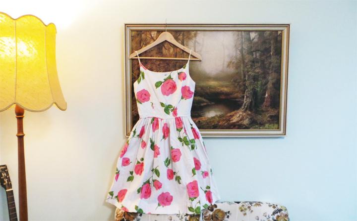 vintage-roses-dress b