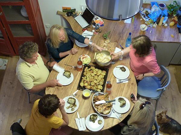 a table 2