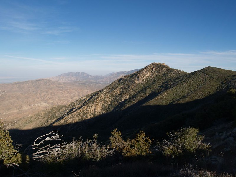 Looking southeast from the PCT toward Pine Mountain