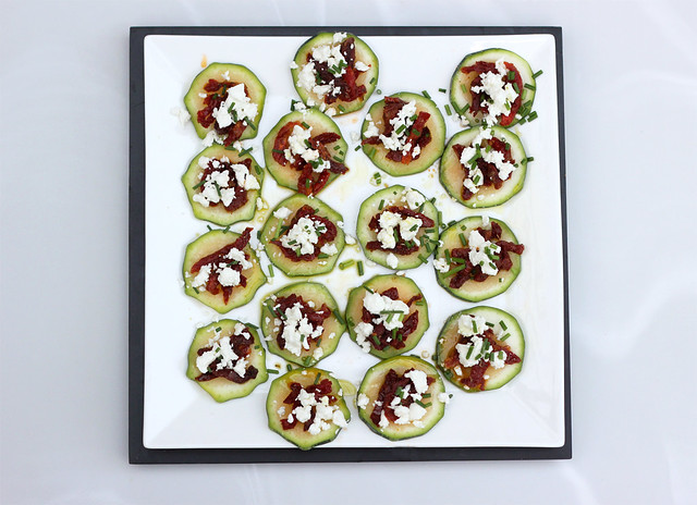 Raw Zucchini Bites with Sun-Dried Tomatoes and Goat Cheese - Gluten-free