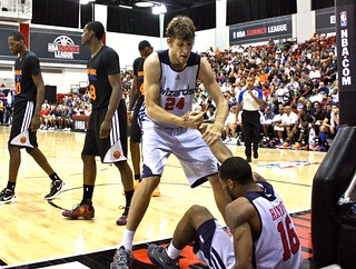 Jan Vesely, the help-up - 2013 NBA Summer League