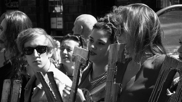 performers on the Mile 024