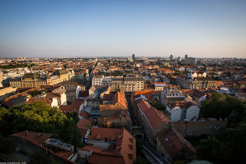 street city blue roof sky panorama tower history tourism canon town view south wide croatia tourist tourists roofs upper zagreb viewpoint ultrawide ultra 1740mm f4 6d ilica lotrscak