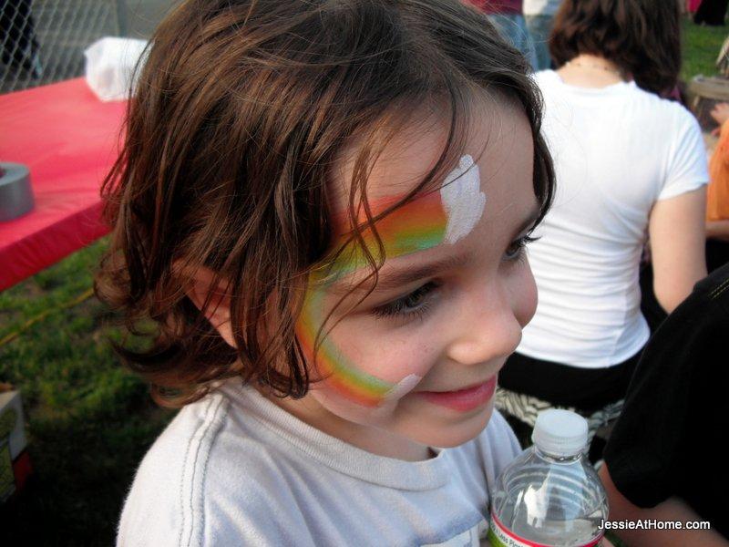 Vada-face-paint-at-family-fun-night-13