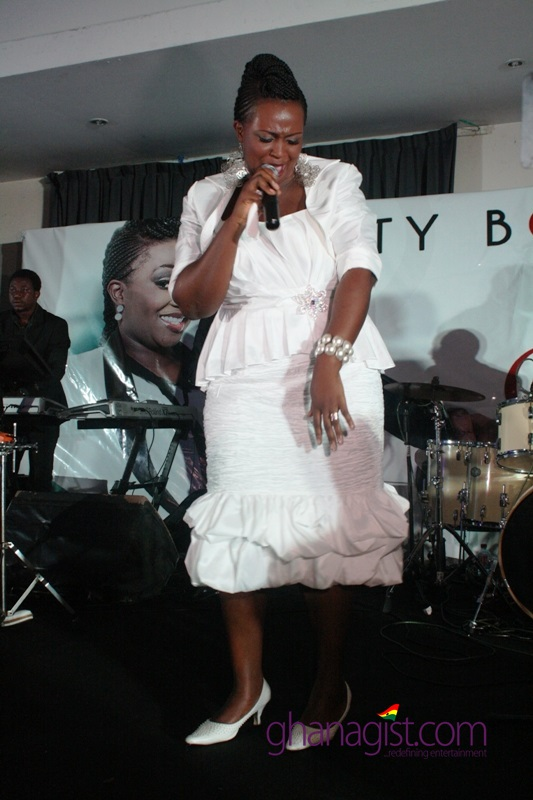"Herty Borngreat ""Be My Guest"" Executive Concert"