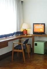 Thamada Hotel room desk