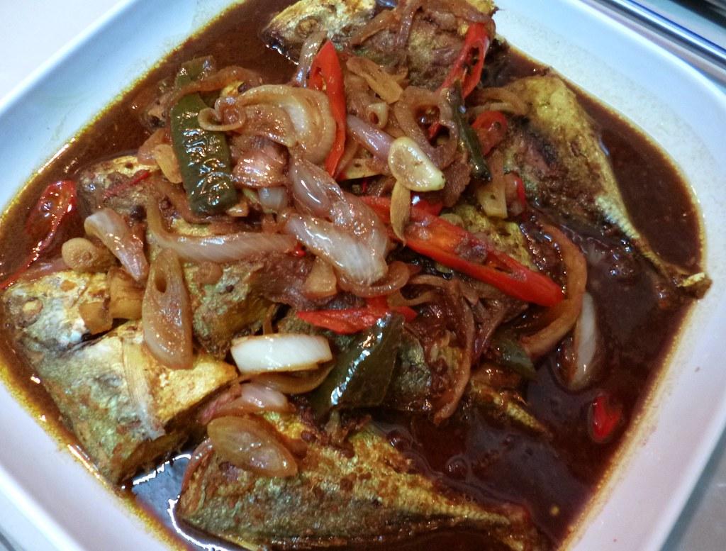 Ikan selar masak taucu