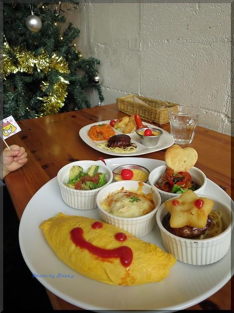 Photo:2013-12-04_ハンバーガーログブック_【高円寺】Baby King Kitchen お子様ランチカフェでハンバーグサンドを頂いてみました-04 By:logtaka