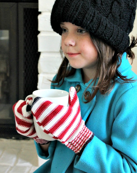 Hi Sugarplum | DIY Mittens from old Sweaters