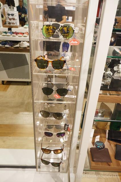 common_thread_sunglasses