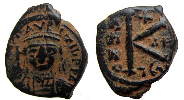 Byzantine Coins 2014 - Page 2 12637633515_fed669e87d_z