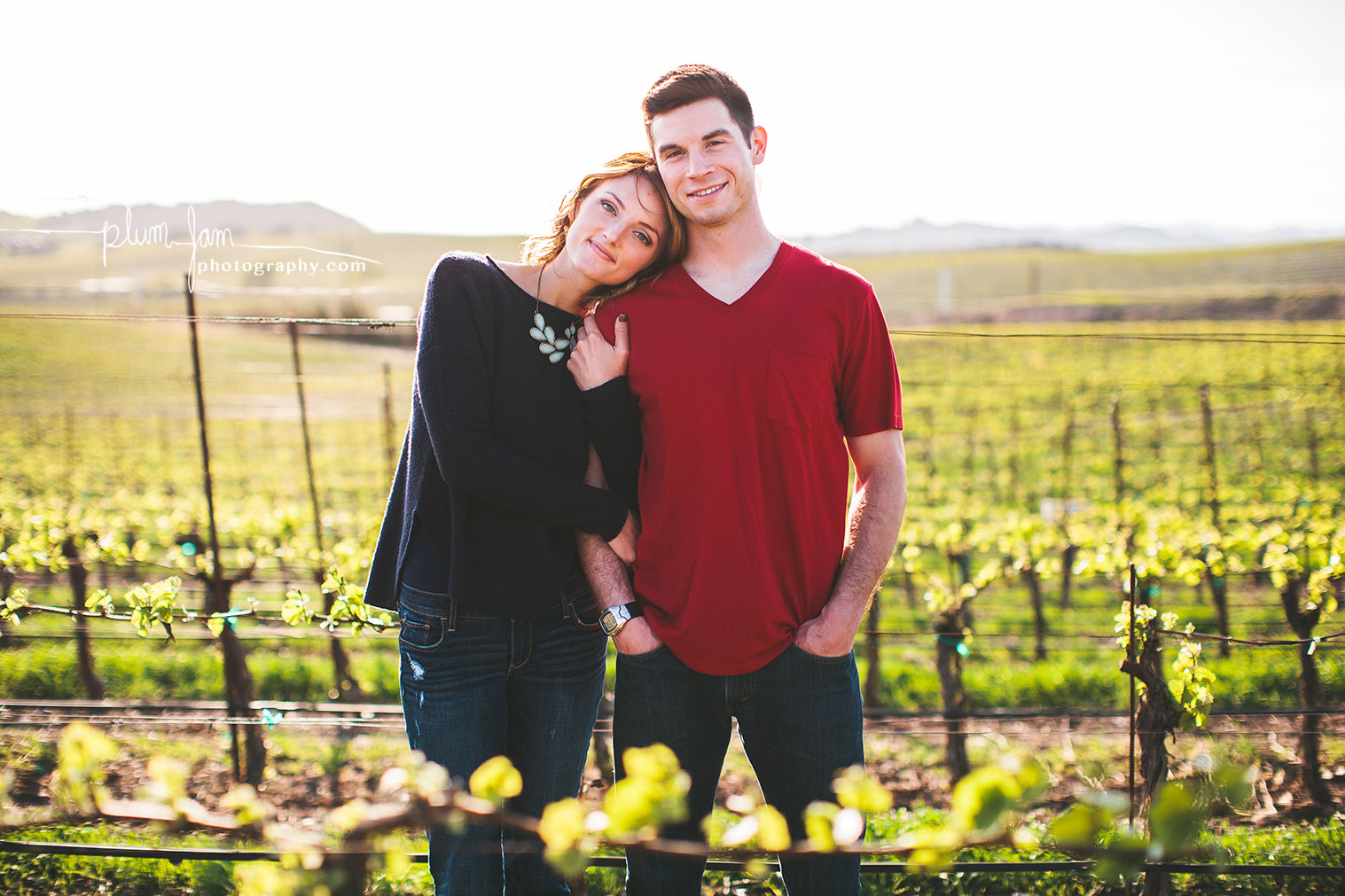 RebeccaMike-Engagement-vineyard-shellbeach-california-plumjamphotography-04