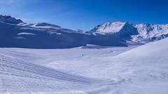 Marcin wraca sie po nartę, która odjechała Kamilowi.