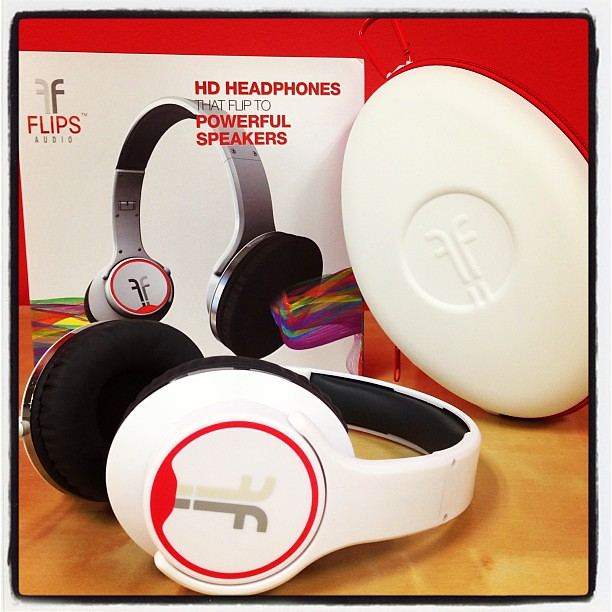 I can't lie, I'm pretty excited about these headphones that just arrived. Thanks, @flipsaudio! I can't wait to get my #solo2social on! #headphones #music #inthemail #instagood