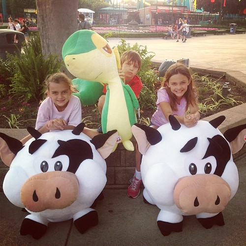 Chase, Karli and Emma all won a prize on their first try! Only $15 spent...now that's some luck.