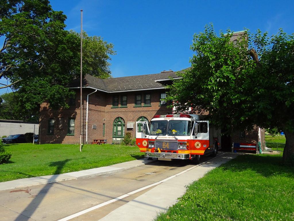 Philadelphia Fire Department Engine 64 Pennsylvania