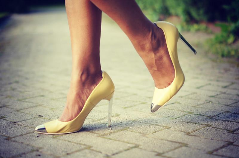 Yellow Heels1