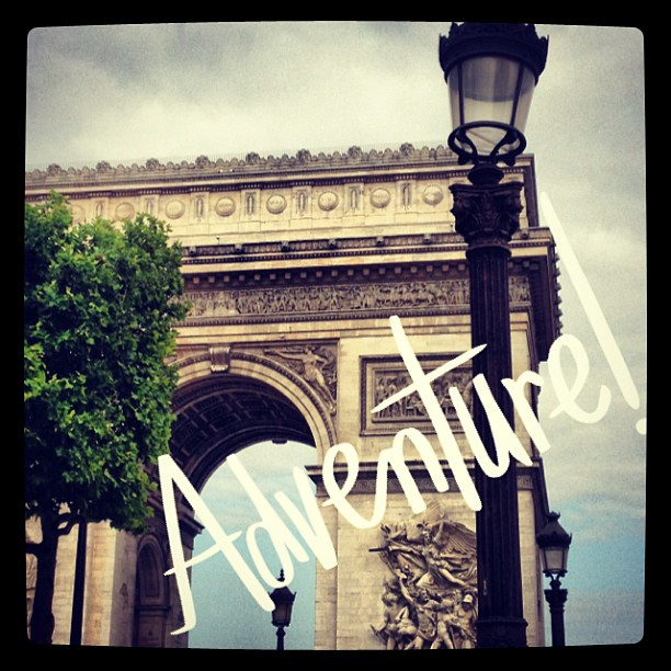 Arc de Triomphe, beautiful mess, Paris, honeymoon, adventure,